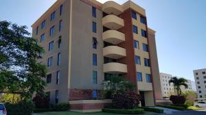 Apartamento En Alquileren Alajuela, San Rafael De Alajuela, Costa Rica, CR RAH: 21-2245