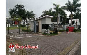Casa En Alquileren Sabanilla, Montes De Oca, Costa Rica, CR RAH: 21-2256