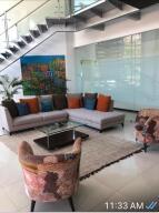 Apartamento En Alquileren Rohrmoser, San Jose, Costa Rica, CR RAH: 21-2258