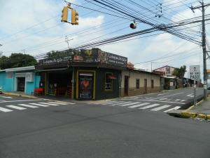Local Comercial En Ventaen Santa Barbara, Santa Barbara, Costa Rica, CR RAH: 21-2278