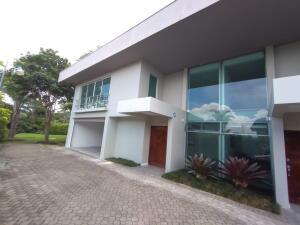 Apartamento En Alquileren Escazu, Escazu, Costa Rica, CR RAH: 21-2275