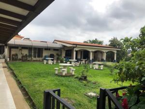 Hotel En Ventaen San Joaquin De Flores De Heredia, Flores, Costa Rica, CR RAH: 21-2284