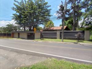 Casa En Ventaen Escazu, Escazu, Costa Rica, CR RAH: 21-2288