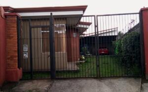 Apartamento En Ventaen Heredia, Heredia, Costa Rica, CR RAH: 21-2296