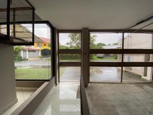 Apartamento En Alquileren Escazu, Escazu, Costa Rica, CR RAH: 21-2308