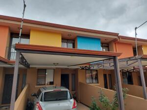 Casa En Ventaen Granadilla, Curridabat, Costa Rica, CR RAH: 21-2313