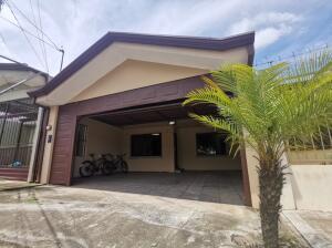 Casa En Ventaen Cartago Centro, Cartago, Costa Rica, CR RAH: 21-2323