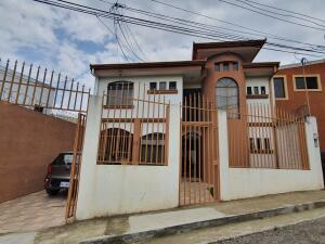Casa En Ventaen San Isidro, Vazquez De Coronado, Costa Rica, CR RAH: 21-2325