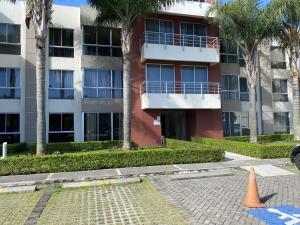 Apartamento En Alquileren San Pedro, Montes De Oca, Costa Rica, CR RAH: 21-2328