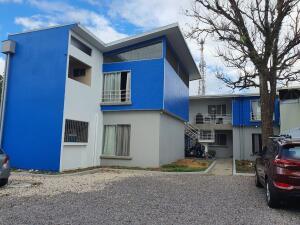 Apartamento En Alquileren Pozos, Santa Ana, Costa Rica, CR RAH: 21-2332