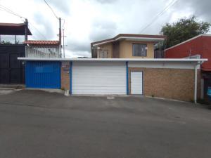 Casa En Ventaen San Juan, Desamparados, Costa Rica, CR RAH: 21-2333