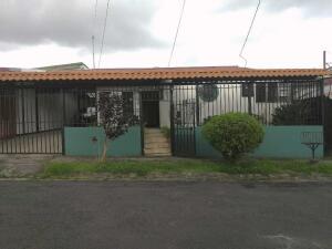 Casa En Ventaen Sabanilla, Montes De Oca, Costa Rica, CR RAH: 21-2335