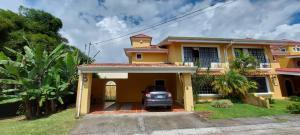 Casa En Ventaen Vc San Isidro, Vazquez De Coronado, Costa Rica, CR RAH: 21-2394