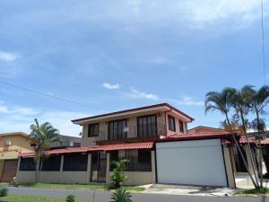 Casa En Ventaen Alajuela Centro, Alajuela, Costa Rica, CR RAH: 21-2414