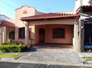 Casa En Ventaen San Francisco De Heredia, Heredia, Costa Rica, CR RAH: 21-2418