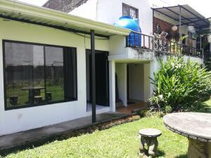 Apartamento En Alquileren Sabana, San Jose, Costa Rica, CR RAH: 21-430