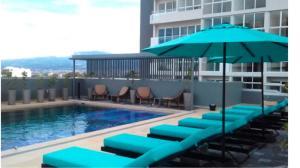 Apartamento En Alquileren Sabana, San Jose, Costa Rica, CR RAH: 21-2447