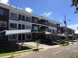 Apartamento En Ventaen San Antonio Del Tejar, Grecia, Costa Rica, CR RAH: 21-2451