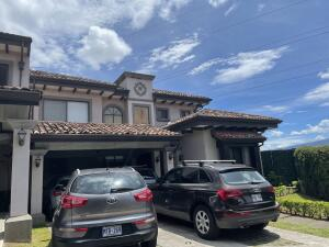 Casa En Ventaen Guachipelin, Escazu, Costa Rica, CR RAH: 21-2562