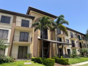 Apartamento En Alquileren Tres Rios, Cartago, Costa Rica, CR RAH: 21-2493