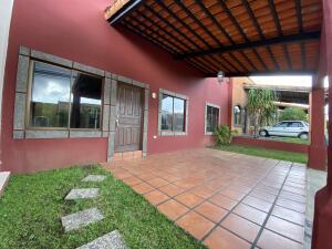 Casa En Ventaen San Francisco De Heredia, Heredia, Costa Rica, CR RAH: 21-2490