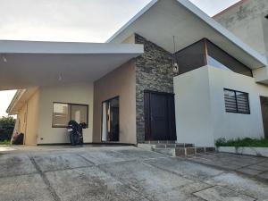 Casa En Ventaen Lomas De Ayarco Sur, Curridabat, Costa Rica, CR RAH: 21-2500