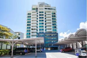 Apartamento En Alquileren Ulloa, San Jose, Costa Rica, CR RAH: 21-2516