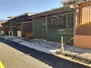 Casa En Alquileren San Francisco, Heredia, Costa Rica, CR RAH: 21-2530