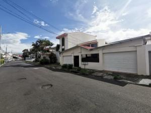 Casa En Ventaen San Vicente, Moravia, Costa Rica, CR RAH: 21-2527