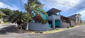 Casa En Ventaen Brasil De Santa Ana, Santa Ana, Costa Rica, CR RAH: 21-2569