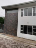 Apartamento En Alquileren Pozos, Santa Ana, Costa Rica, CR RAH: 21-2574