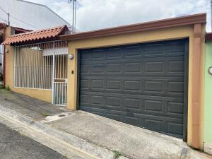 Casa En Ventaen San Juan - La Union, La Union, Costa Rica, CR RAH: 22-14
