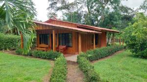 Casa En Ventaen San Ramon, San Ramon, Costa Rica, CR RAH: 21-2550