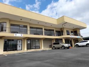 Local Comercial En Alquileren Vc San Isidro, Vazquez De Coronado, Costa Rica, CR RAH: 21-2589