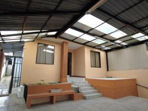 Casa En Ventaen Guadalupe, Goicoechea, Costa Rica, CR RAH: 22-49