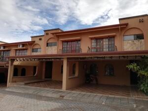 Casa En Ventaen San Rafael Escazu, Escazu, Costa Rica, CR RAH: 20-247