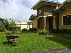 Casa En Ventaen San Isidro, San Isidro, Costa Rica, CR RAH: 22-54