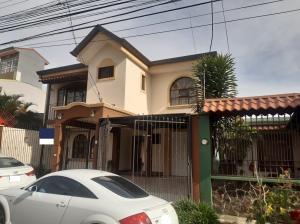 Casa En Ventaen Concepcion - La Union, La Union, Costa Rica, CR RAH: 22-61