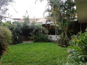 Casa En Ventaen San Juan, Tibas, Costa Rica, CR RAH: 22-76