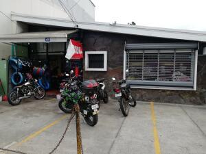 Local Comercial En Ventaen San Juan, Tibas, Costa Rica, CR RAH: 22-78