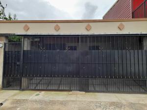 Casa En Ventaen El Tejar, El Guarco, Costa Rica, CR RAH: 21-2262