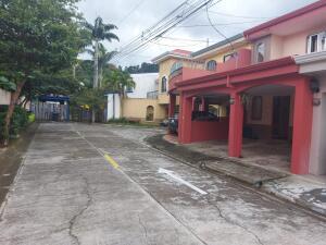 Casa En Ventaen San Antonio, Desamparados, Costa Rica, CR RAH: 22-87