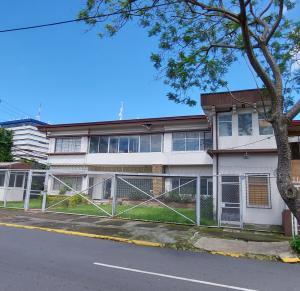 Edificio En Ventaen Merced, San Jose, Costa Rica, CR RAH: 21-2583