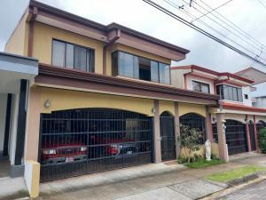 Casa En Ventaen Desamparados, Alajuela, Costa Rica, CR RAH: 21-2420