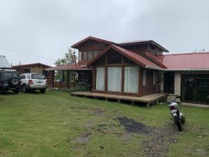 Casa En Ventaen El Jardin, Tarrazu, Costa Rica, CR RAH: 22-104