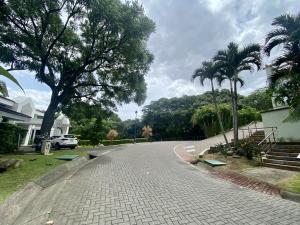 Terreno En Ventaen Villa Real, Santa Ana, Costa Rica, CR RAH: 22-120