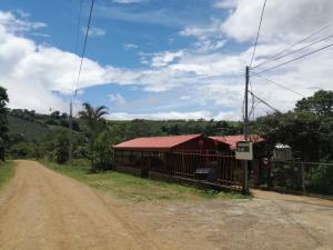 Terreno En Ventaen San Juan, San Ramon, Costa Rica, CR RAH: 22-125