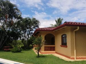 Hotel En Ventaen Brasil De Santa Ana, Santa Ana, Costa Rica, CR RAH: 22-126