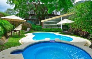 Apartamento En Alquileren Rio Oro, Santa Ana, Costa Rica, CR RAH: 22-135