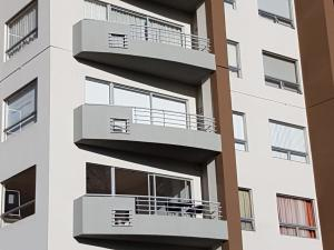 Apartamento En Alquileren Sabana, San Jose, Costa Rica, CR RAH: 22-137